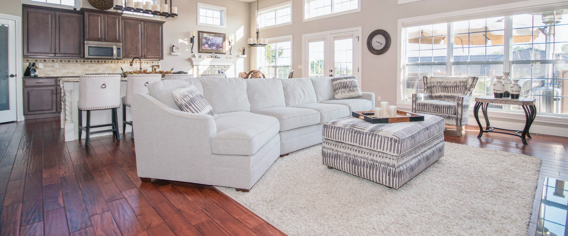 Living Room Design - FastExpert